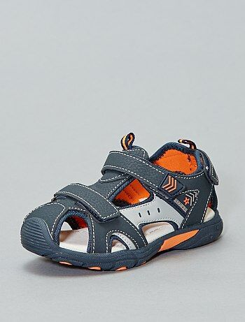 20007e723c5 Sandalias deportivas con velcro - Kiabi
