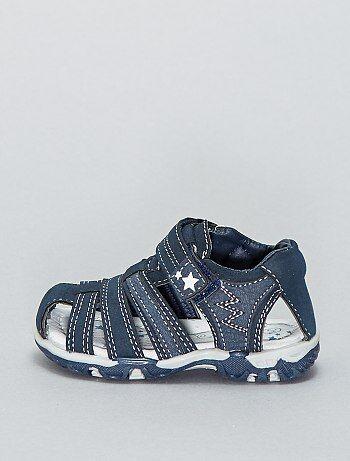 54a9c314bd3 Sandalias deportivas con velcros - Kiabi