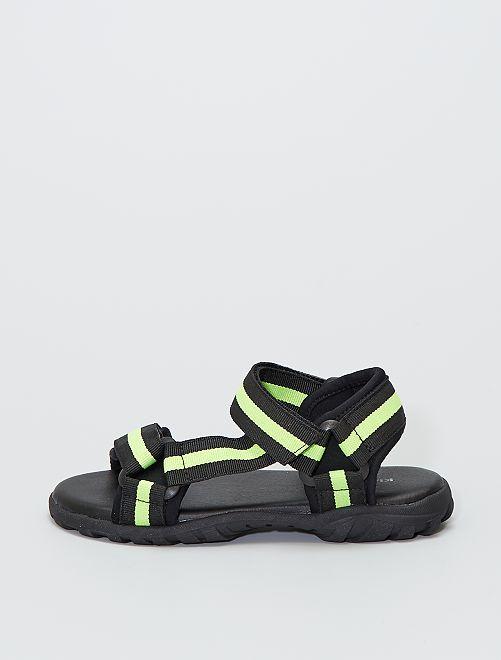Sandalias estilo trekking                             VERDE