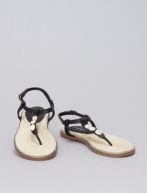 Sandalias lanas de conchas                                         negro