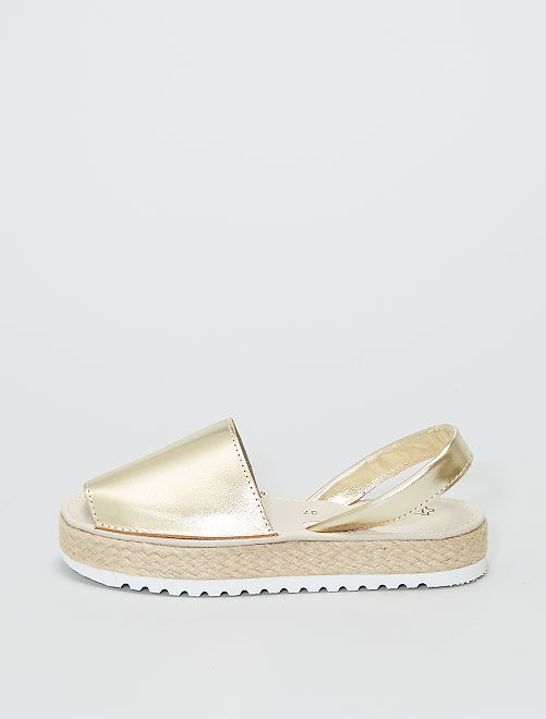 Sandalias menorquinas de piel dorada                             oro