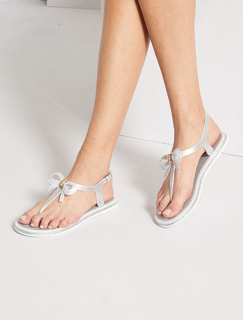 Sandalias planas con brillos                             plata