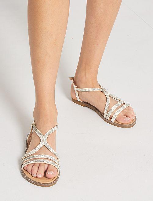 Sandalias planas con strass                             blanco