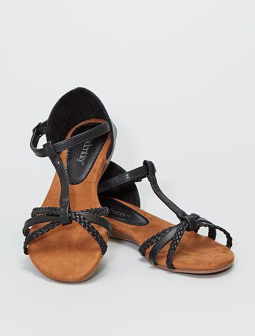 Sandalias planas con tiras trenzadas                             negro