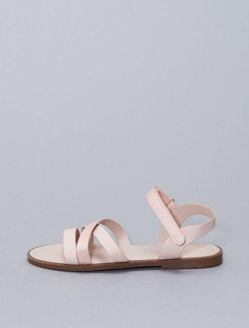 Sandalias planas con velcros                             rosa