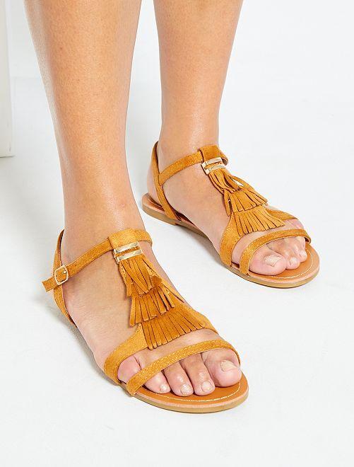 Sandalias planas de antelina                                         camello