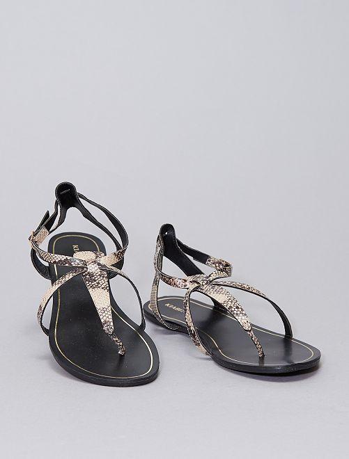 Sandalias planas sintéticas                             KAKI
