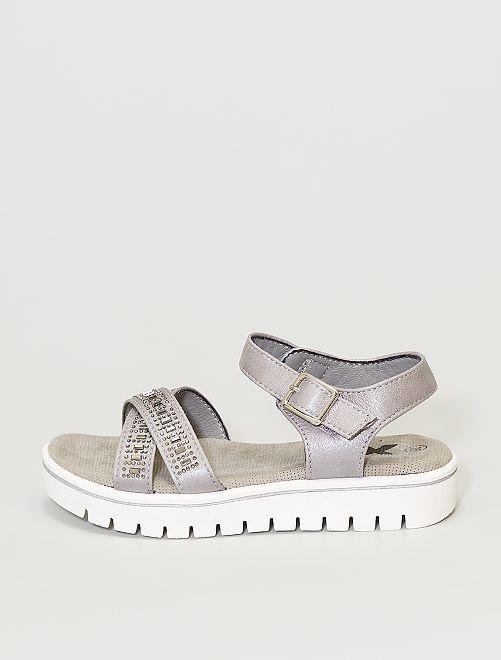 Sandalias sintéticas                             gris