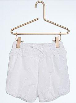Shorts, bermudas - Short bombacho con bordado inglés
