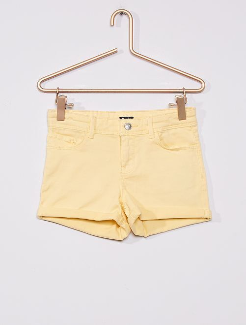 Short de sarga                                                                                         amarillo suave