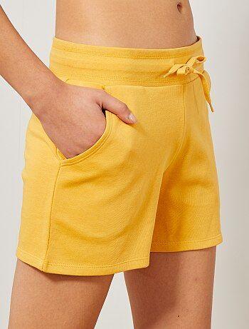 453410692fdd Rebajas short deportivo   pantalón corto de deporte de Mujer talla ...