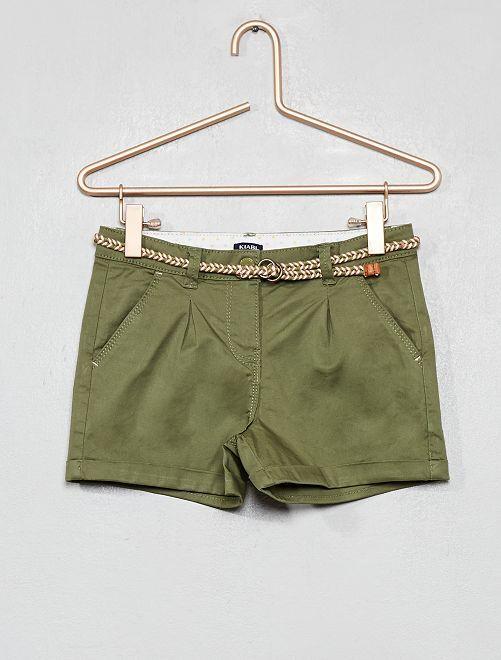 Short liso + cinturón trenzado                                                                                                                 verde liquen Chica