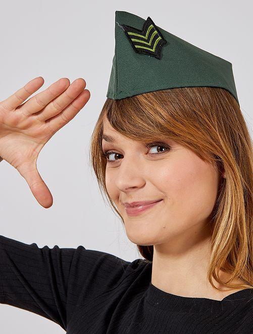 Sombrero del ejército                             caqui