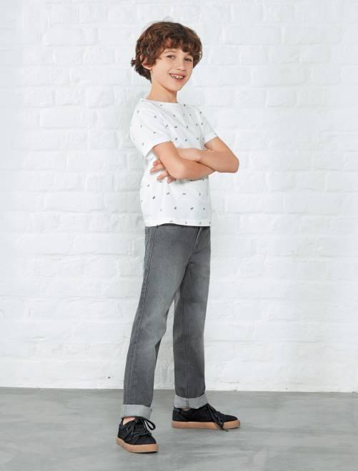 Vaquero regular con 5 bolsillos                                                     gris Chico
