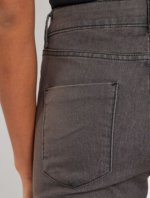 Vaquero skinny mujer gris oscuro kiabi 10 00 for Raumgestaltung jean grigo