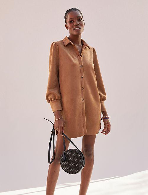Vestido camisero antelina                             marrón