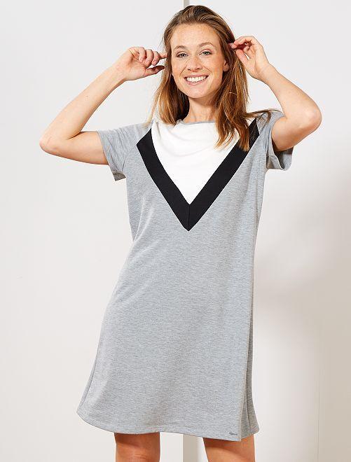 Vestido camiseta estilo sudadera                             GRIS