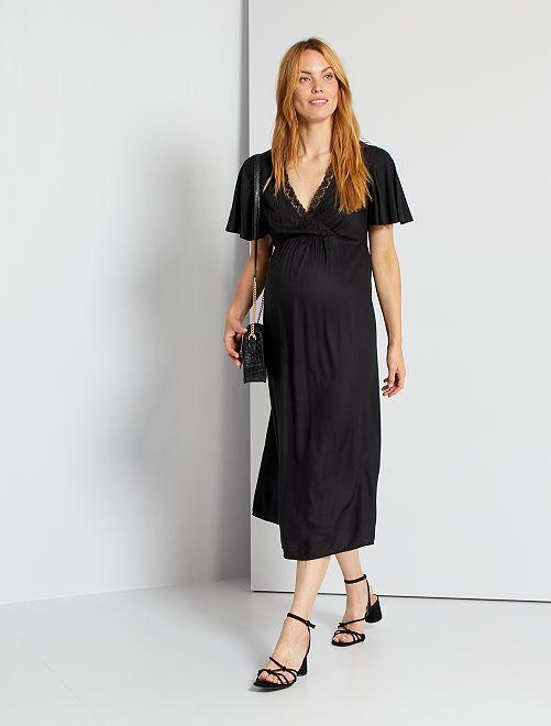 Vestido con bordado                                         negro
