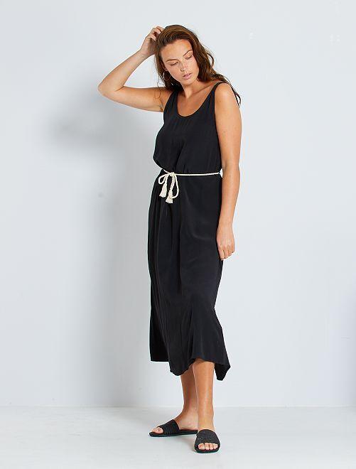 Vestido con cinturón de cordel                                                                 negro