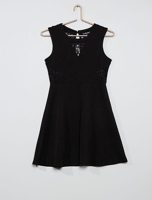 Vestido con detalles de encaje                             negro