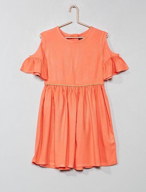 Vestido con hombros calados                     coral Chica