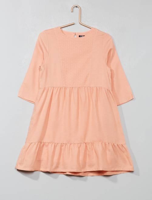 Vestido con plastrón bordado                             ROSA Chica