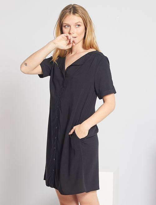 Vestido corto con forma de camisa                                                                             negro