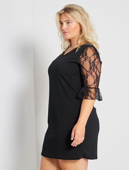 449e34481f8 Vestido corto con mangas de encaje Tallas grandes mujer - negro ...