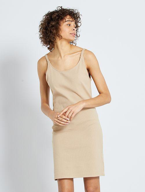 Vestido corto de canalé                                                     BEIGE