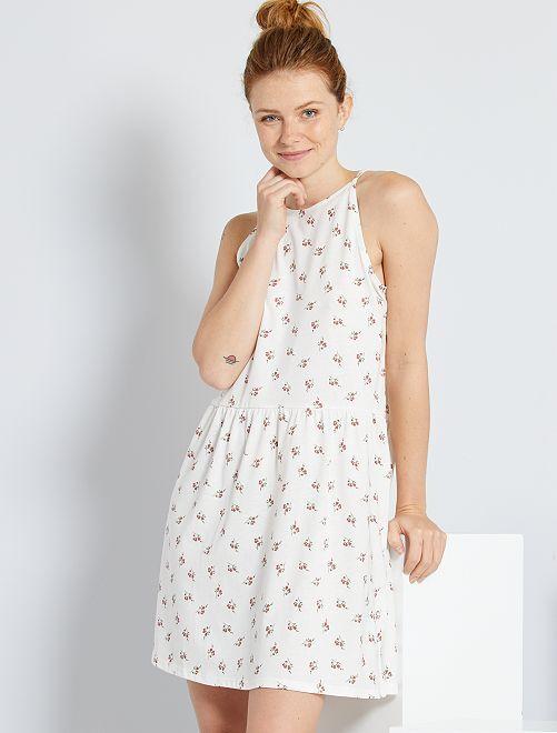 Vestido corto de tirantes finos                                                                                         BLANCO
