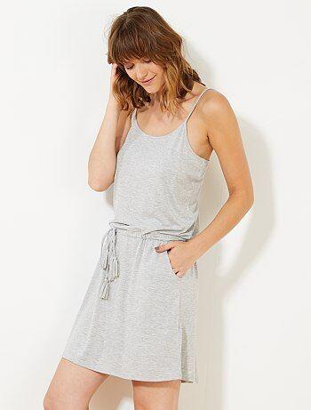 Vestido corto de tirantes finos - Kiabi