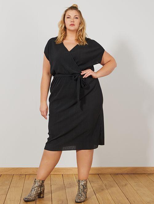 Vestido de corte cruzado                             negro Tallas grandes mujer