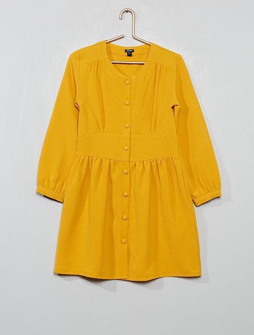 Vestido de crepé abotonado                             AMARILLO