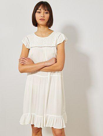 93d88636f2a Vestido de crepé con macramé - Kiabi
