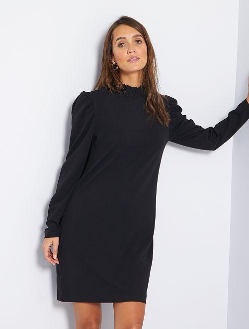 Vestido de cuello alto                             negro