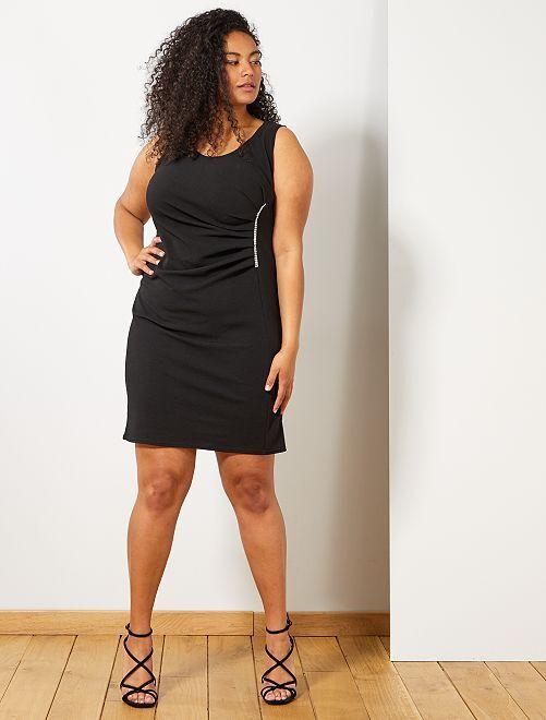 Vestido de fiesta con joya                     negro Tallas grandes mujer