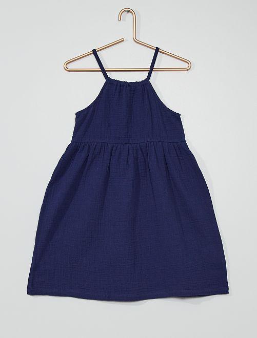 Vestido gofrado                                                                                                                 azul oscuro