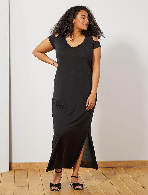 Vestido largo con hombros descubiertos                                         negro