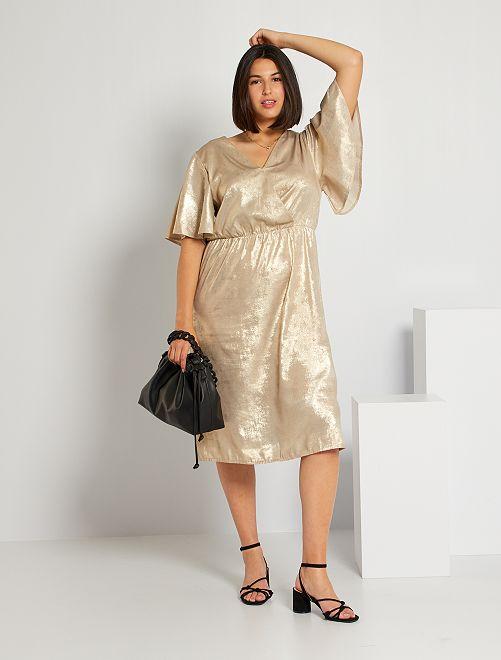 Vestido largo dorado                             BEIGE
