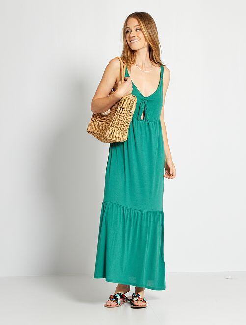 Vestido largo sin mangas con lazo en el pecho                                         verde pino