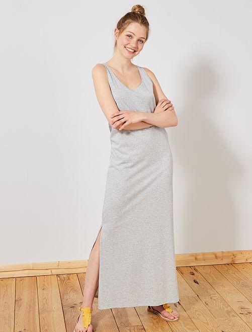 Vestido largo sin mangas                                 GRIS