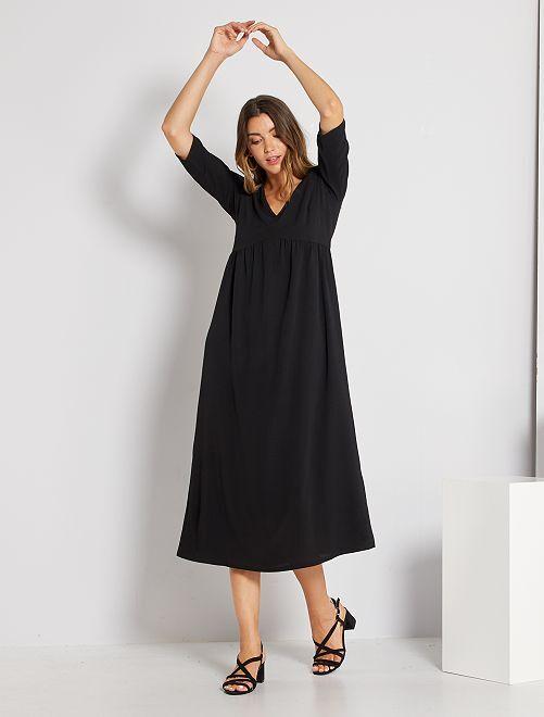 Vestido largo vaporoso                             negro