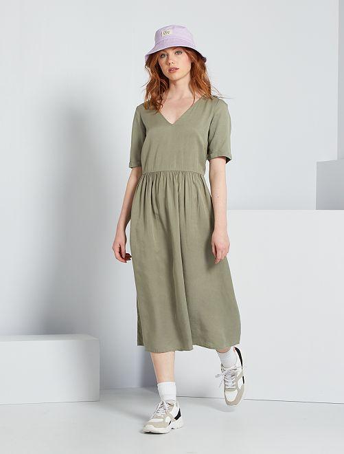 Vestido midi de lyocell                                         verde liquen