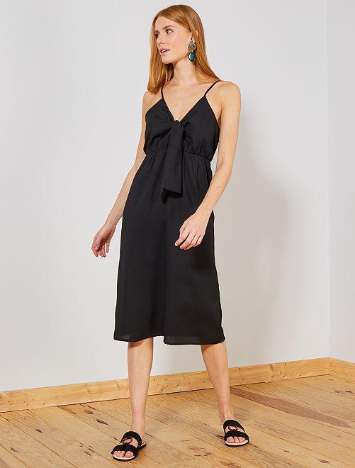Vestido midi vaporoso                             negro