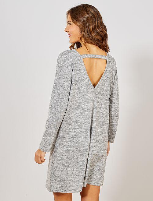 Vestido tipo jersey con cierre trasero                                                     gris