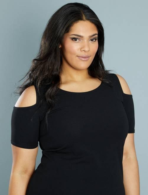 Vestido vaporoso con hombros descubiertos                             negro