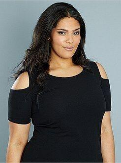 Vestidos negros - Vestido vaporoso con hombros descubiertos