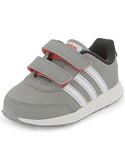 Zapatillas 'Adidas' 'VS SWITCH 2 CMF INF'