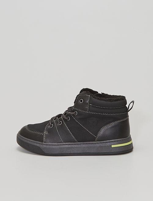 Zapatillas altas forradas                             negro