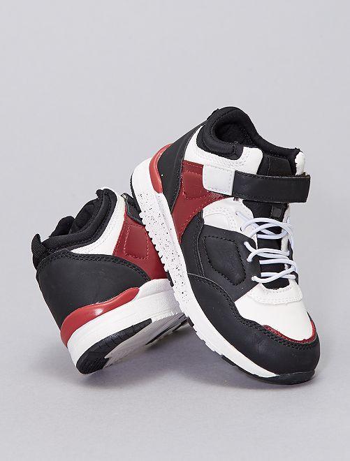 Zapatillas altas tricolores                             negro